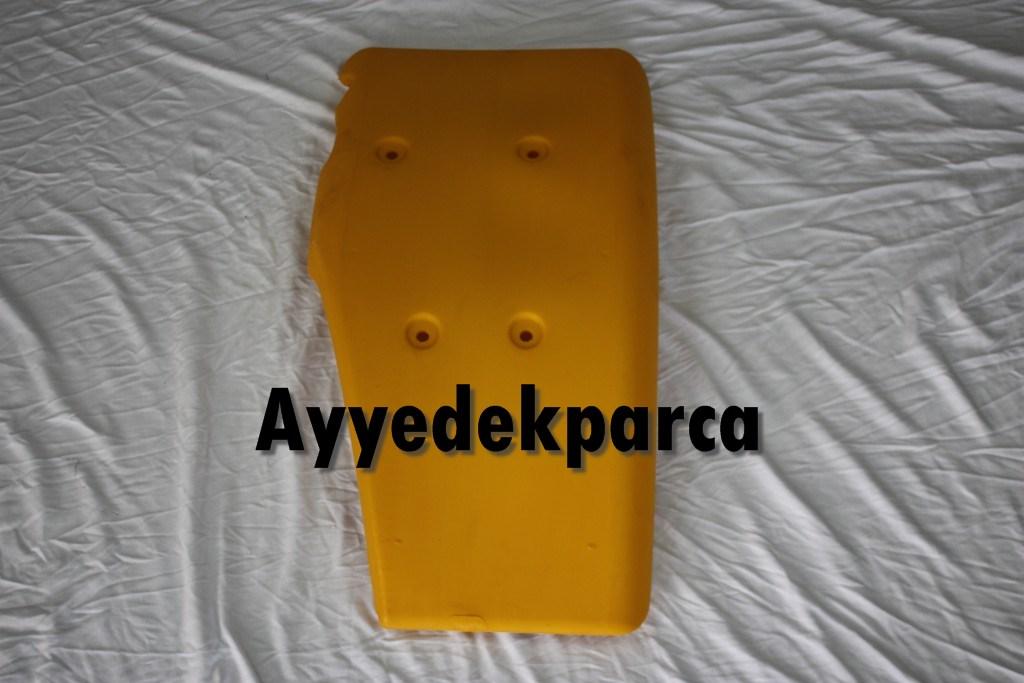 123/02951  Ön Çamurluk Sağ - Sarı